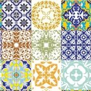 Papel de Parede Azulejos Símbolos Arabescos Variados Coloridos