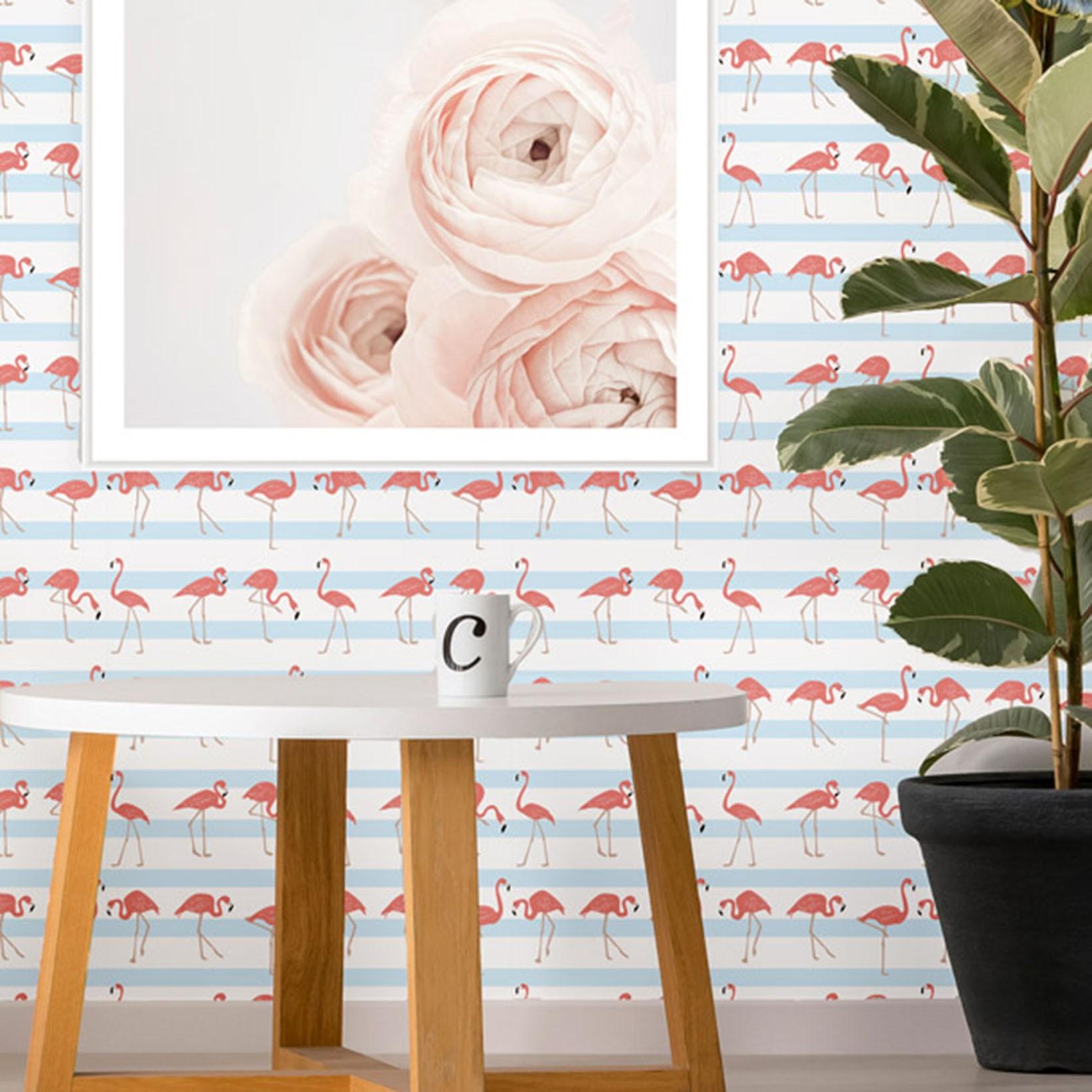 Papel de Parede Animais Flamingo Rosado Fundo Listrado