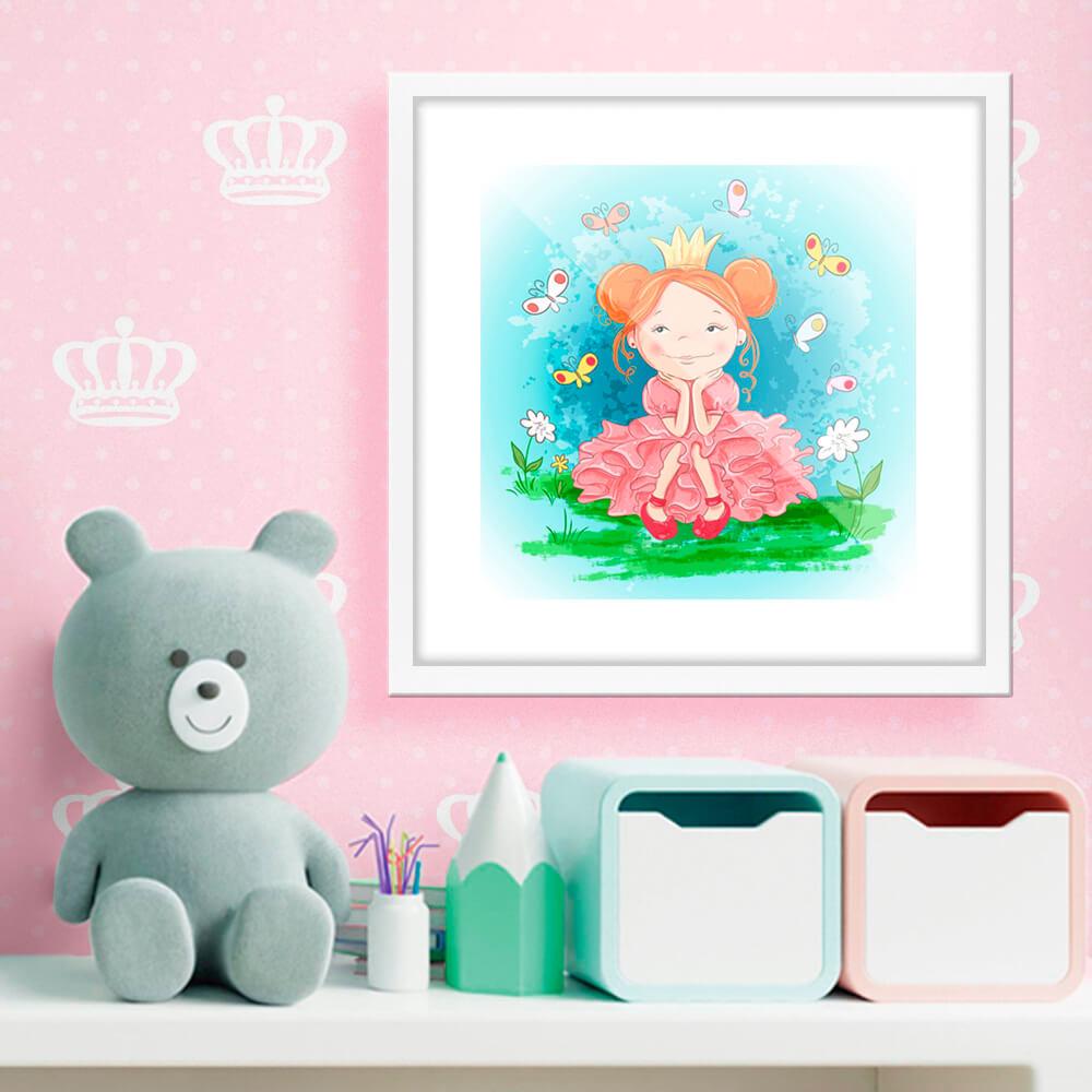 Quadro Decorativo Infantil Criança Princesa Com Vestido Rosa Com Coroa e Borboletas