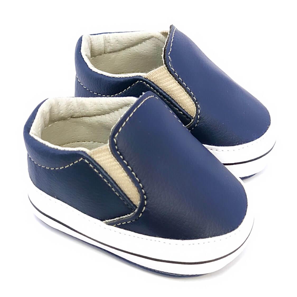 Iate Azul Marinho