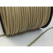 CM76 - Cordão de camurça 3mm Cru - 1metro