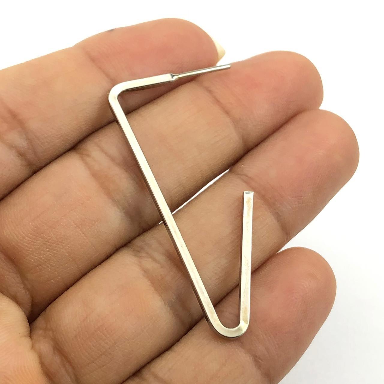 AG02 - Argola Triangular Folheado Ródio Branco - 01Par