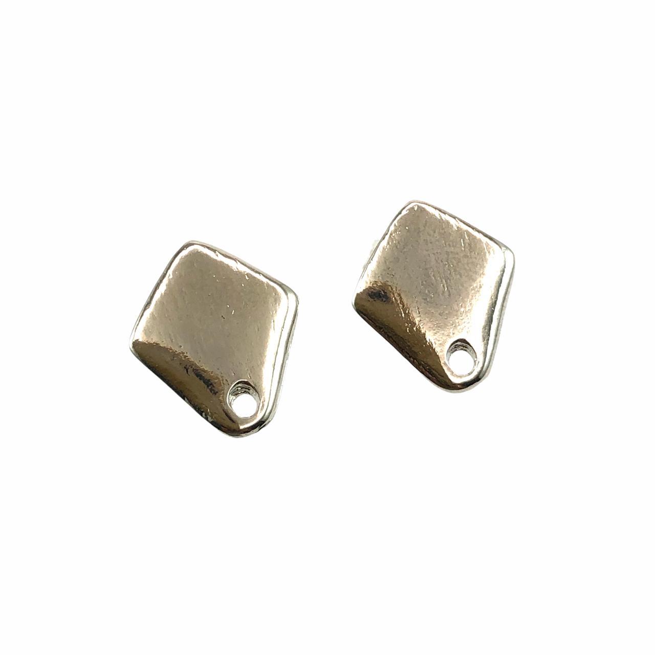 BP1656 - Base de Brinco Triangular Banhado Cor Prata - 01Par