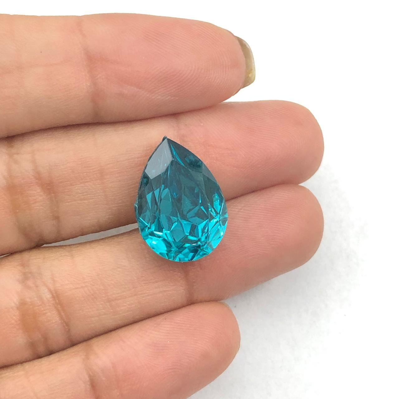 CHT1360 - Chaton Gota 13x18 Base Côncava Blue Zircon - 2unids