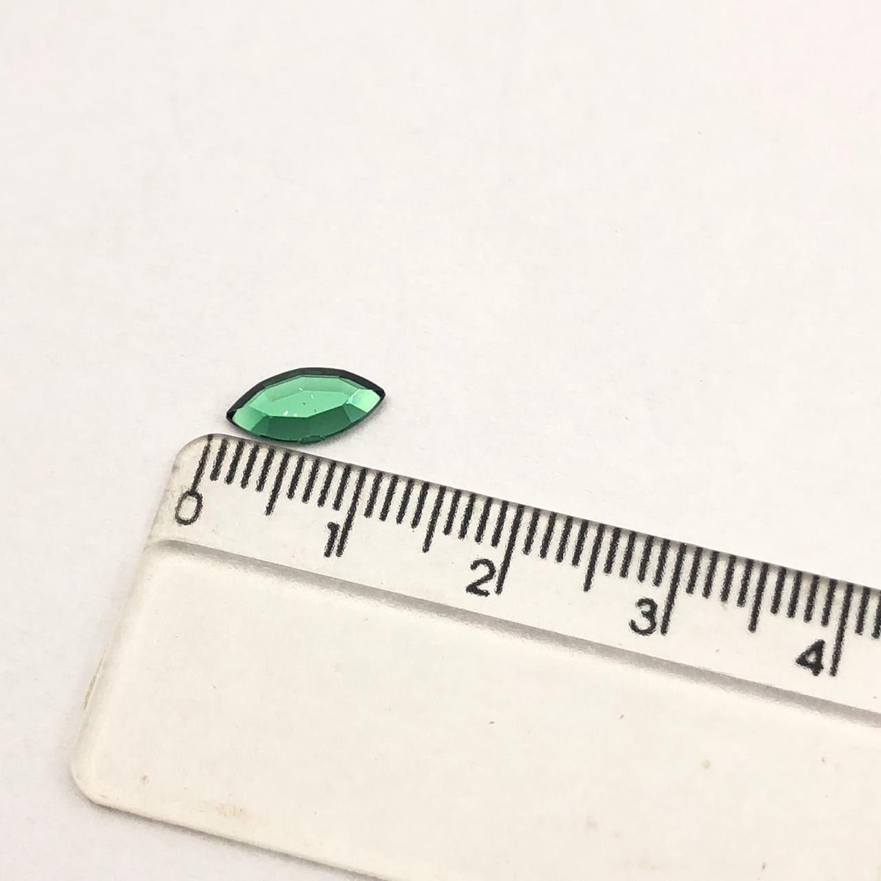 CHT1507 - Chaton Navete Green Turmaline 5x10 - 10unids
