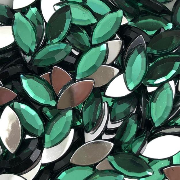 CHT1529- Chaton Navete Green Turmaline 7x15 - 10unids