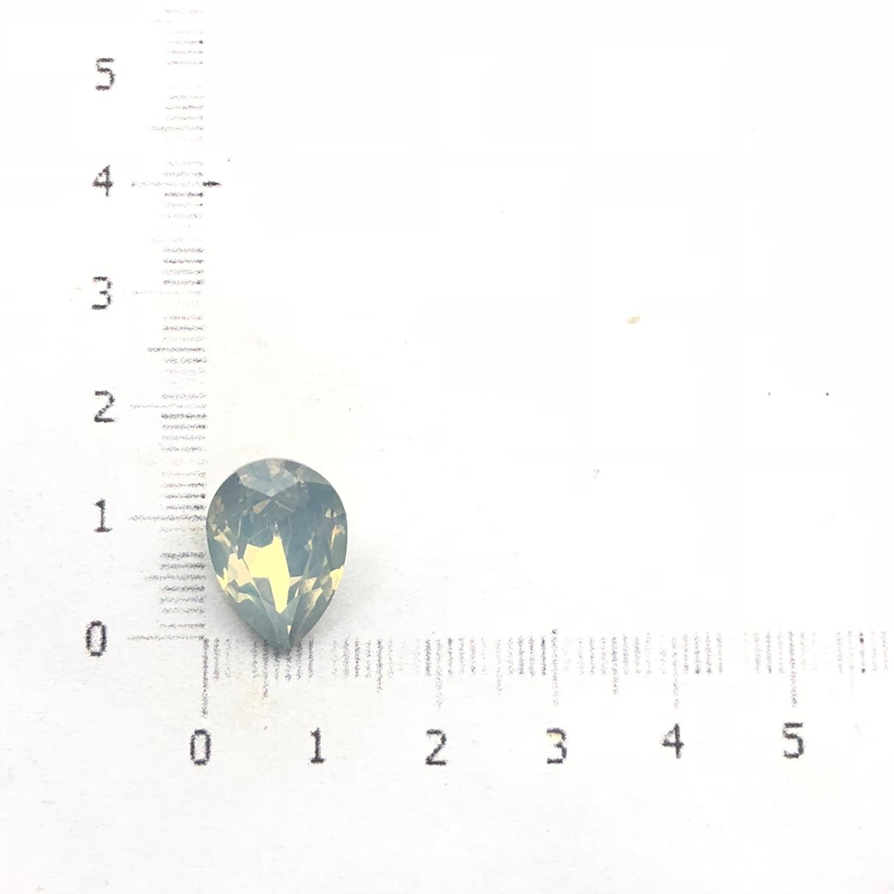 CHT704 - Chaton Gota 10x14 Base Côncava White Opal - 4unids