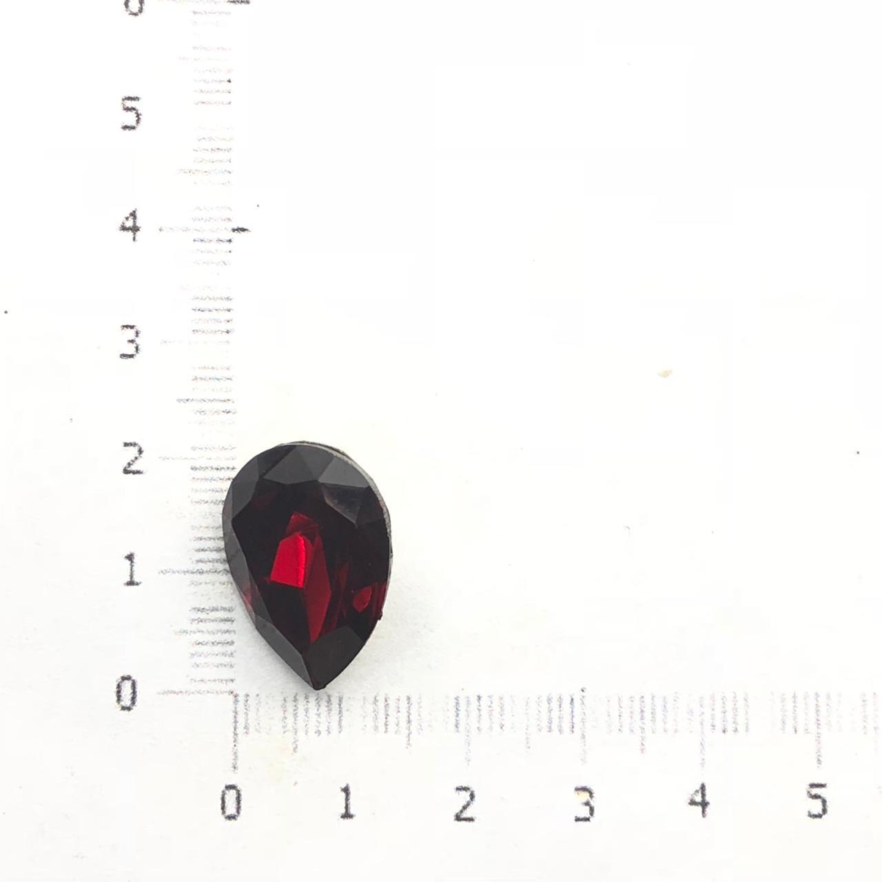 CHT724 - Chaton Gota 13x18 Base Côncava Garnet - 2unids