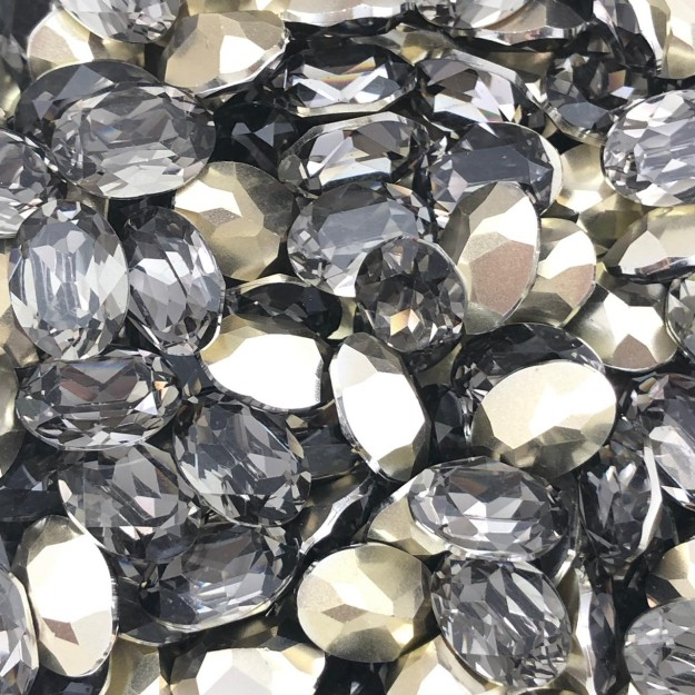 CHT737 - Chaton Base Côncava Black Diamond Oval 10x14 - 4unid