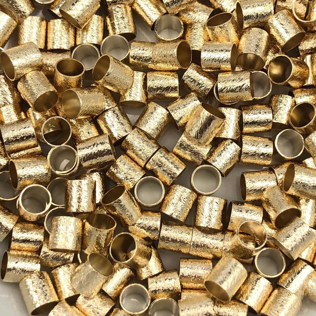 ETM565 - Entremeio Redondo 5x5mm Lixado Banhado Cor Dourado - 3Grs