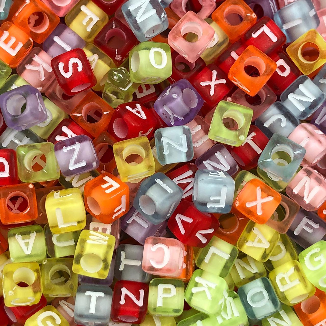 LT15 - Cubo Letras Sortidas 6x6mm Colorida Fluorescente - 20Grs