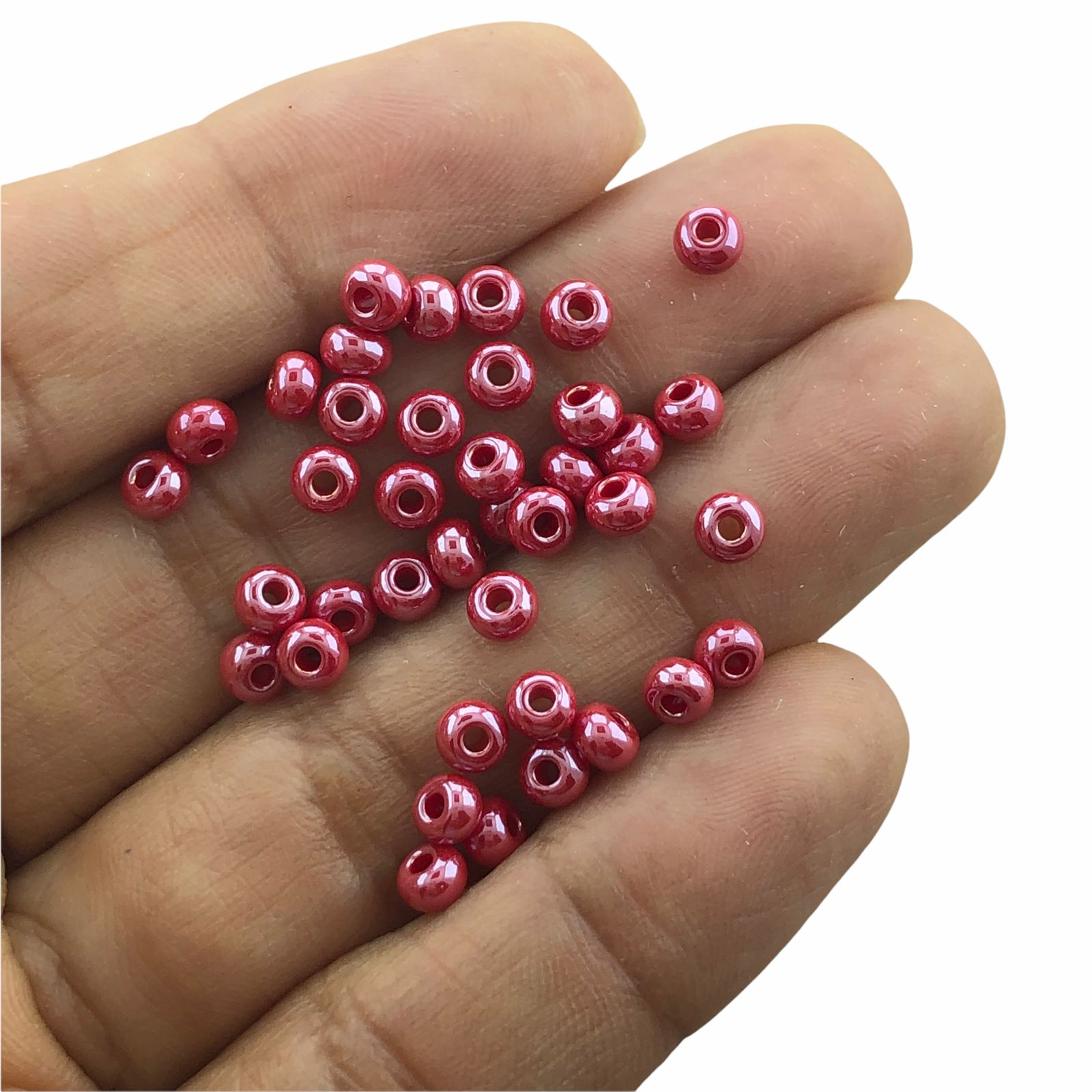 MIC261 - Miçanga Jablonex nº6 Vermelho Perolado 4,1mm - 20Grs