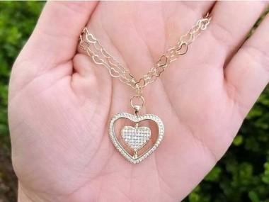 Pulseira Malha Corações Com Pingente de Coração Cravejado Grande