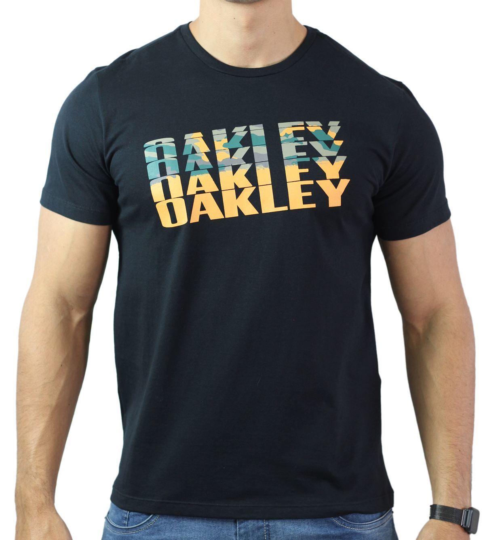 Camiseta Oakley Básica - Preta