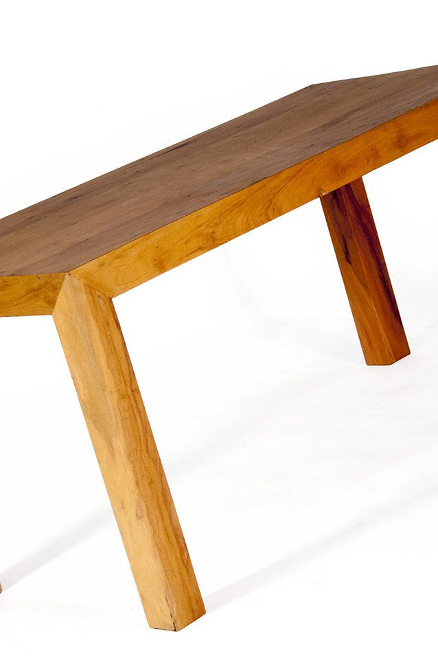 Mesa de jantar pé lateral meia esquadria