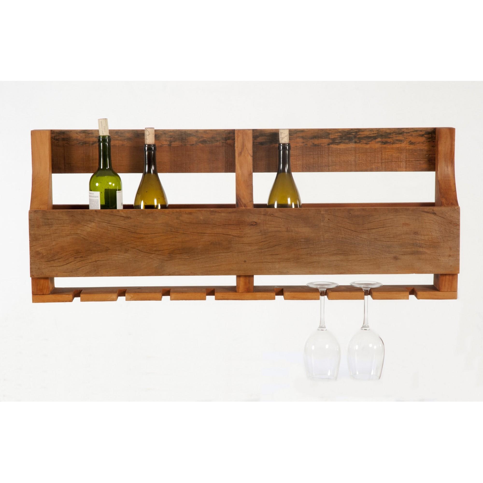 Prateleira de vinhos