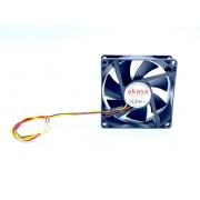VENTILADOR FAN COOLER 80X80X25MM 12VDC DFC802512M AKASA