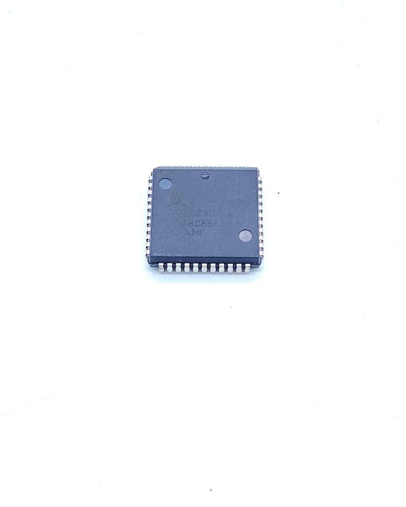 CIRCUITO INTEGRADO SMD 64 PINOS AM85C30-8JC AMD (AM85C308JC)