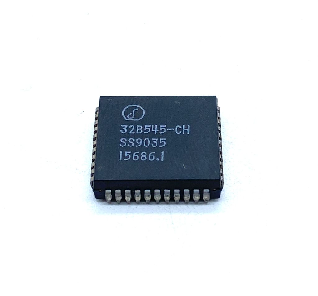 CIRCUITO INTEGRADO SMD PLCC 44 PINOS 32B545-CH