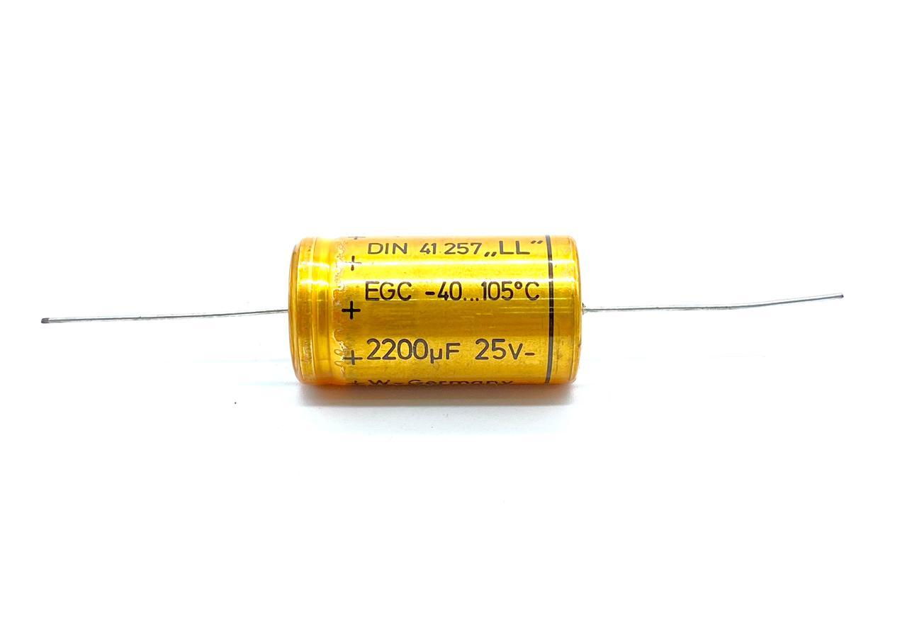 KIT COM 05 PEÇAS - CAPACITOR ELETROLITICO 2200UF 25V AXIAL 105ºC 21X39MM RDE