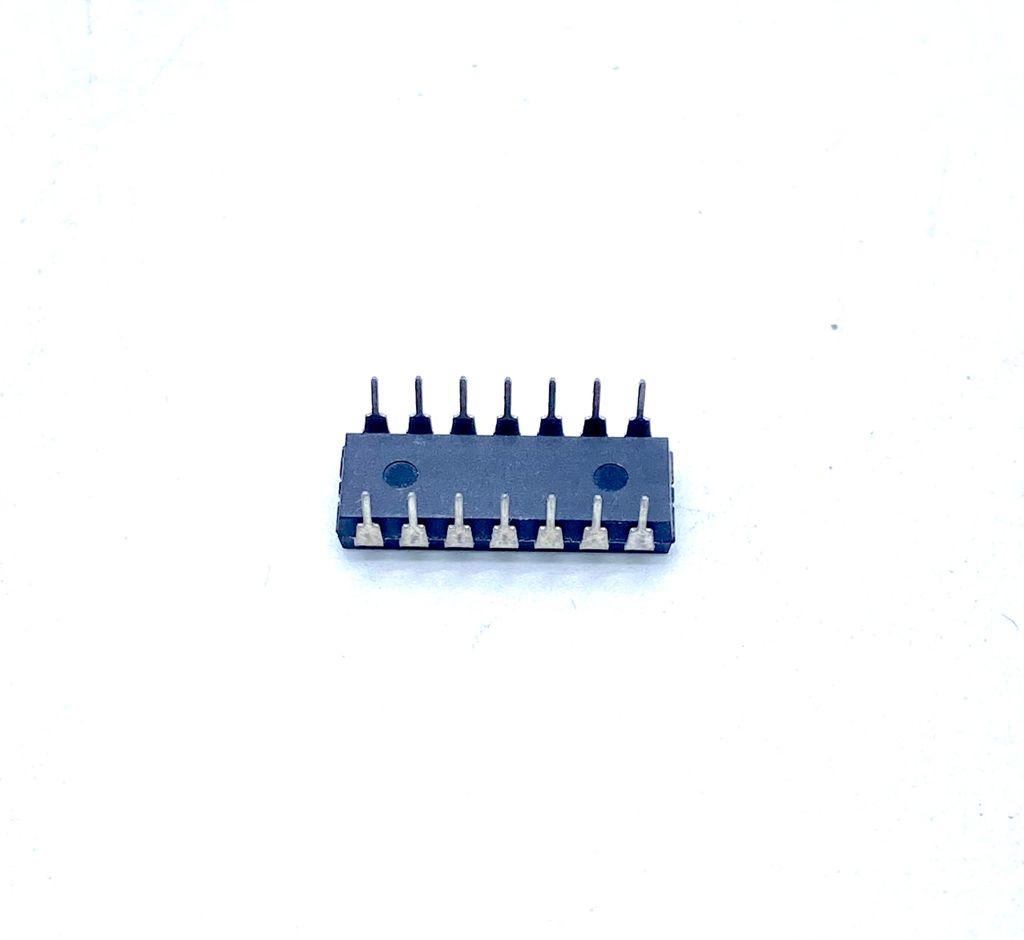 KIT COM 05 PEÇAS - CIRCUITO INTEGRADO DIP 14 PINOS LM239N STMICROELECTRONICS
