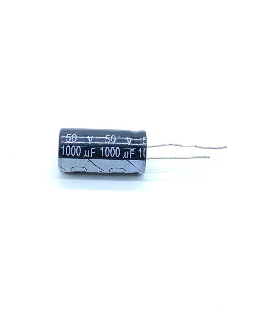 KIT COM 10 PEÇAS - CAPACITOR ELETROLITICO 1000UF 50V RADIAL 105º 8X26MM UNITED