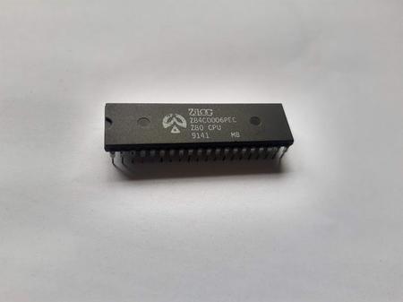 Circuito Integrado Z84C0006PEC