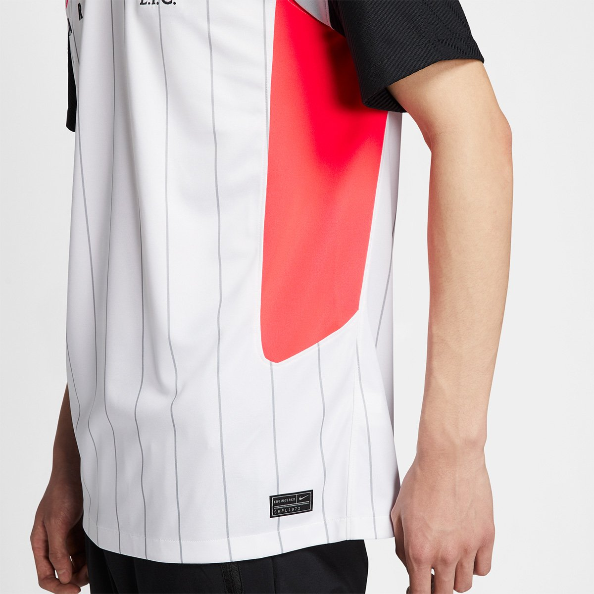 Camisa Nike Liverpool Air Max Torcedor Pro