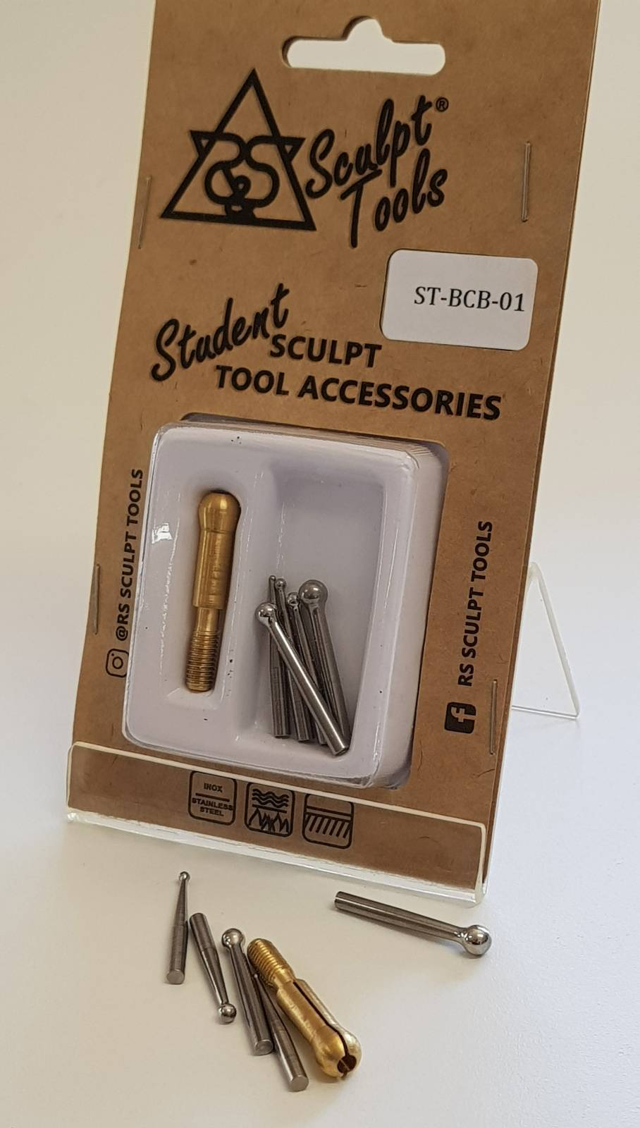 Blister com cinco boleadores de 1 mm a 5 mm e pinça de adaptação