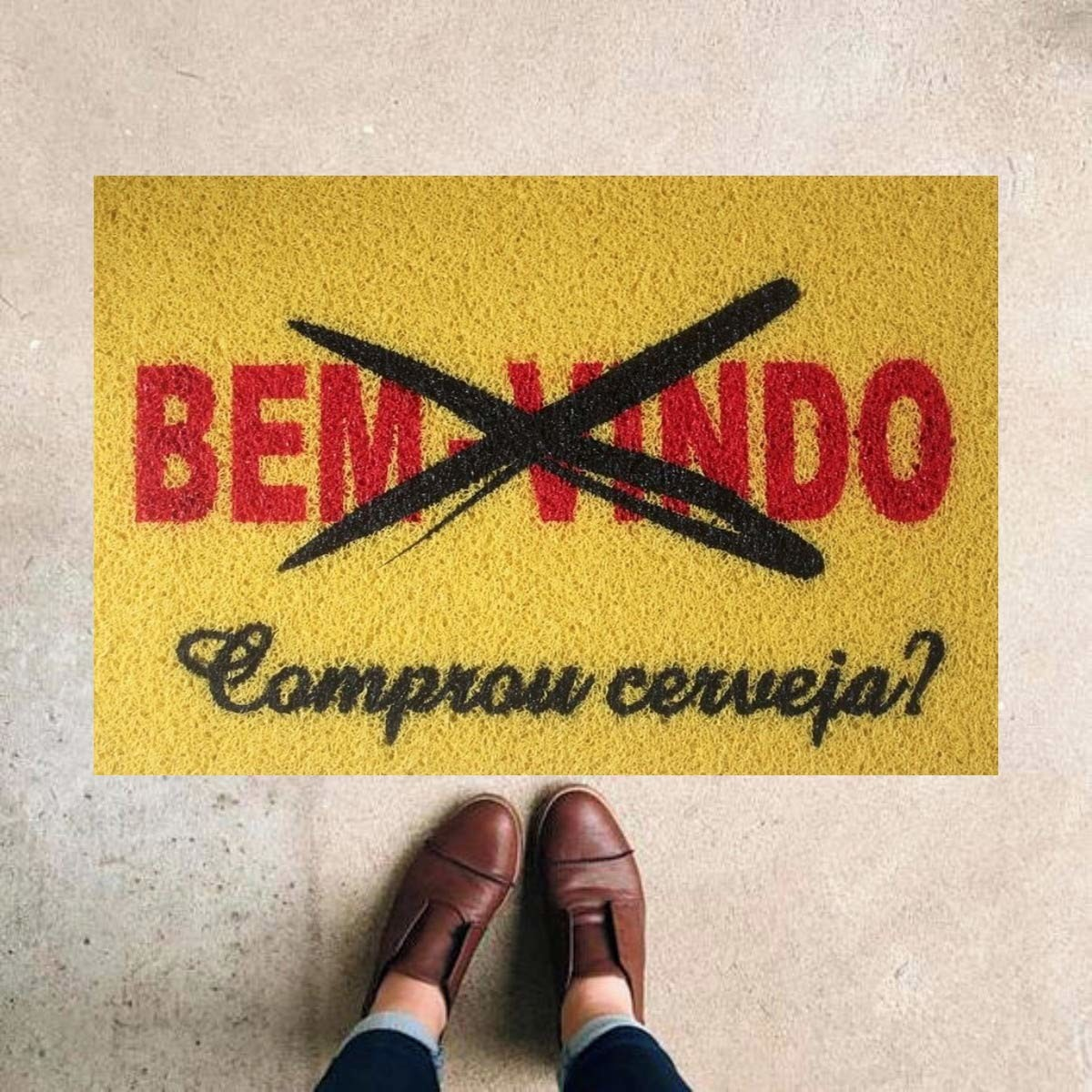TAPETE CAPACHO BEM VINDO COMPROU CERVEJA 60X40