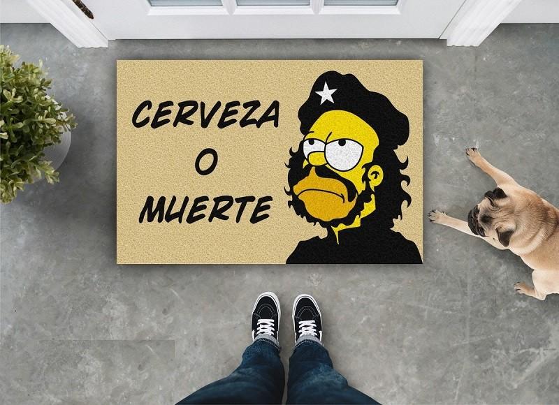 TAPETE CAPACHO 'CERVEZA OU MUERTE'  HOMER SIMPSONS