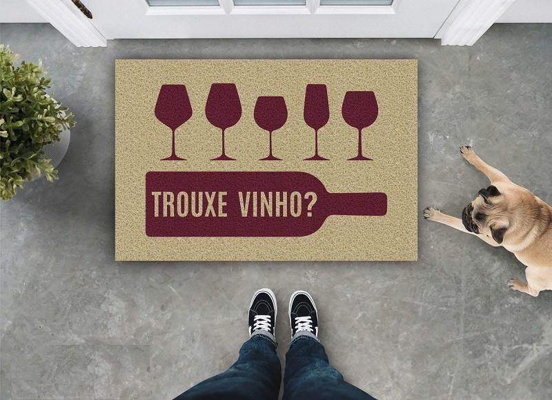 Tapete Capacho Trouxe Vinho