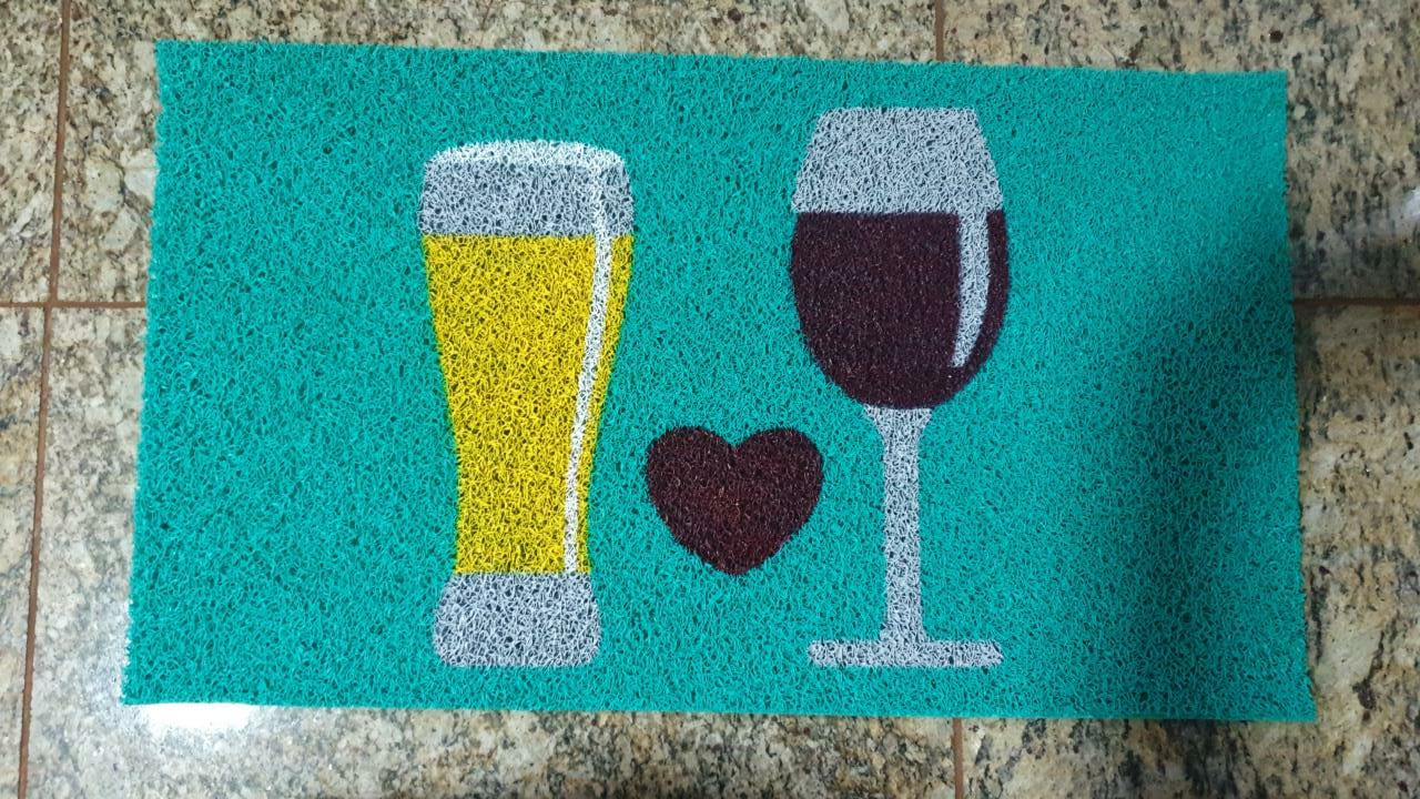 Tapete Capacho Vinho e Cerveja