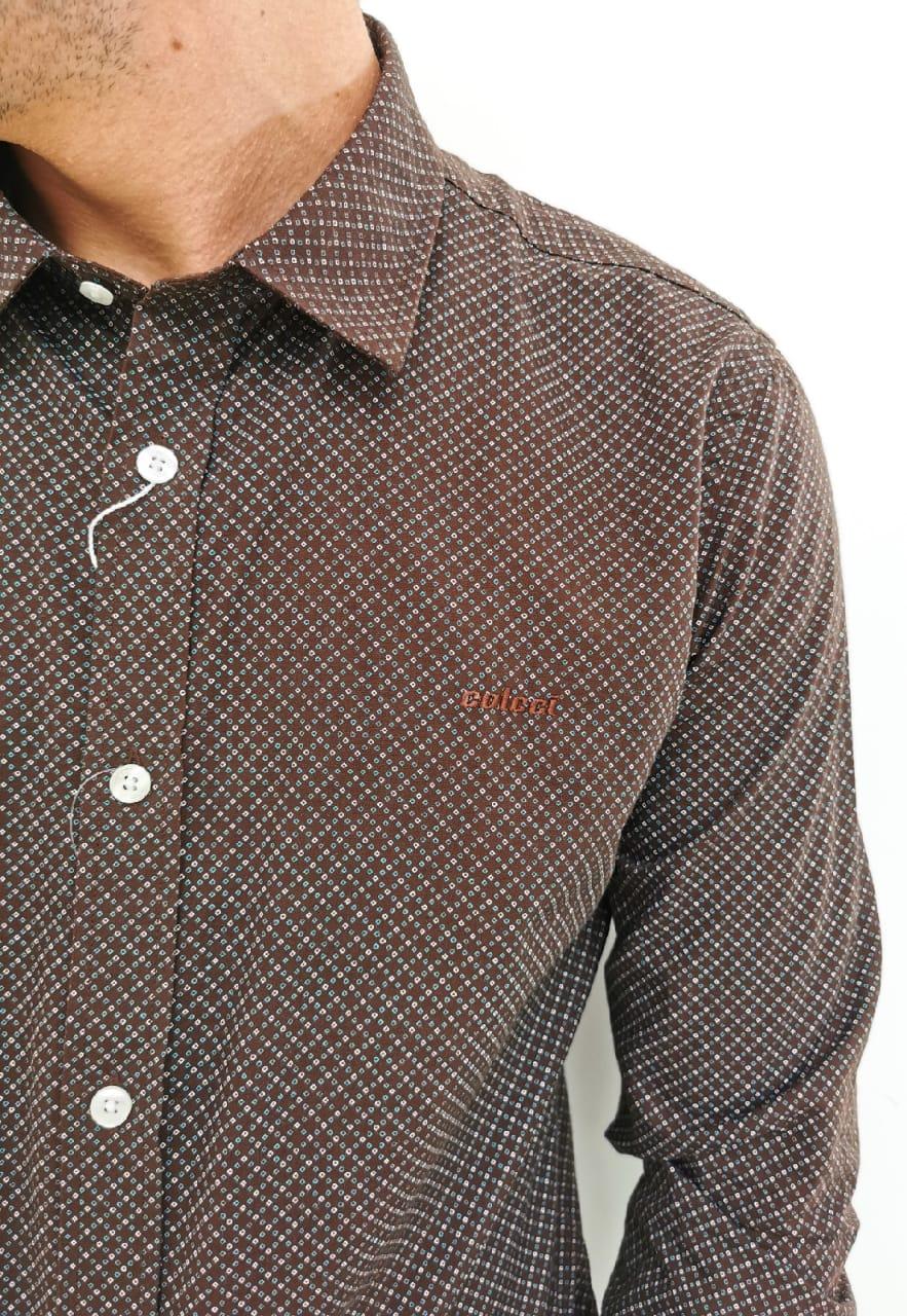 Camisa Colcci Slim Marrom com Detalhes