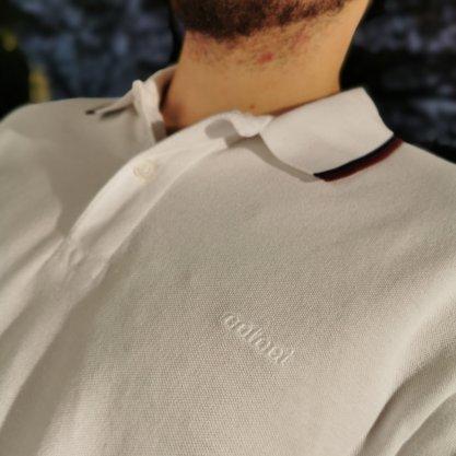 Camisa Gola Polo Colcci Branca Com Detalhe Bordo