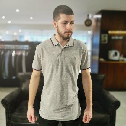 Camisa Gola Polo Colcci Cinza Com Detalhe Bordo