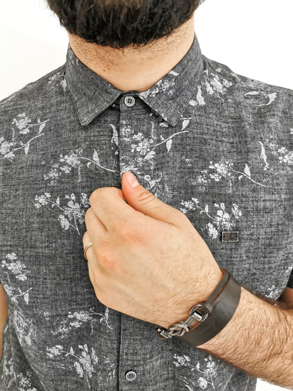 Camisa Sakapraia Cinza Floral