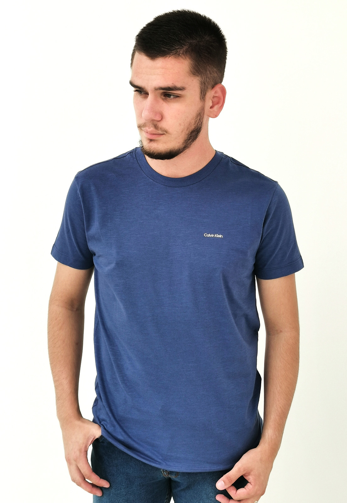 Camiseta Calvin Klein Básica Azul