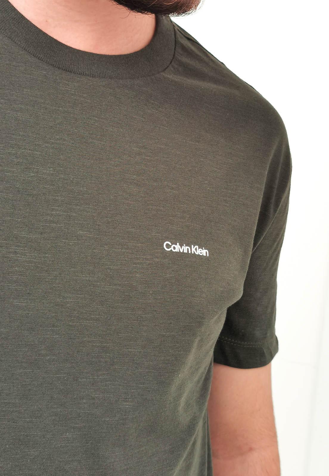 Camiseta Calvin Klein Básica Verde Militar
