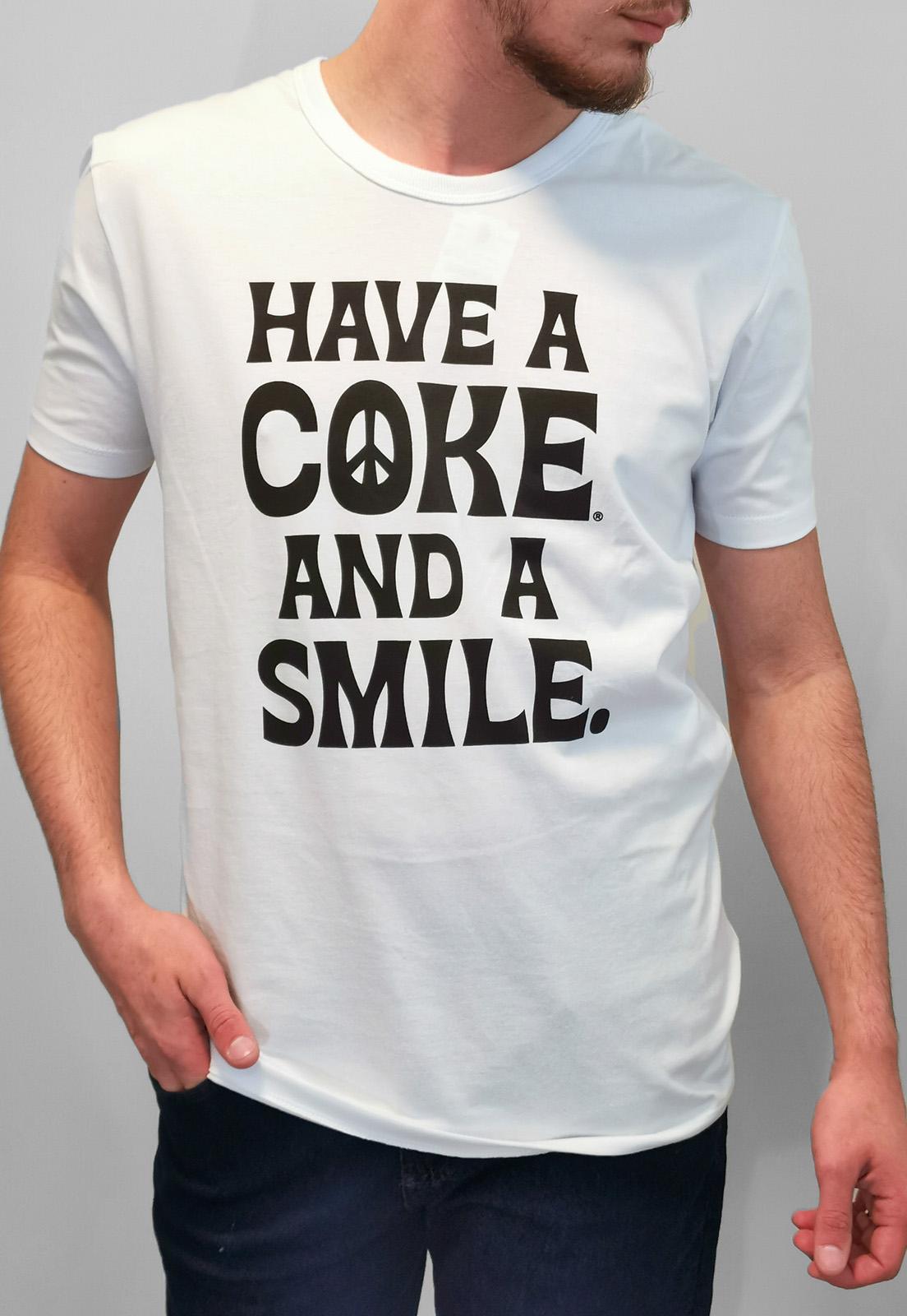 Camiseta Coca-Cola Branco Smile