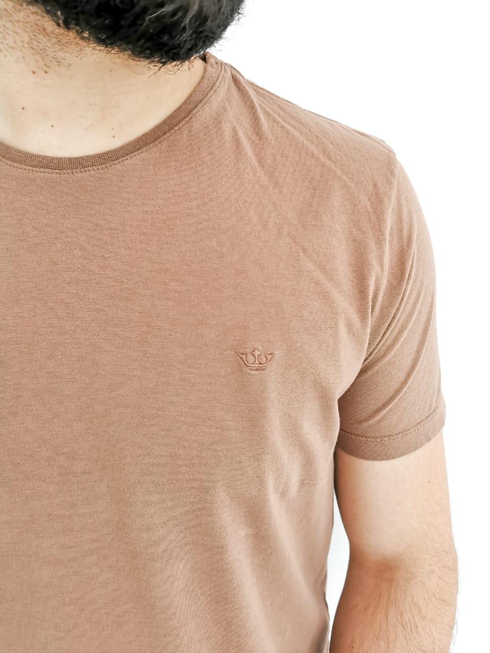 Camiseta Docthos Básica Marrom
