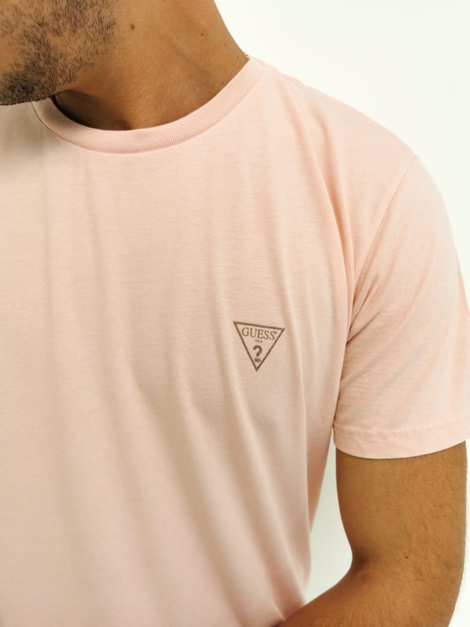Camiseta Guess Rosa Básica