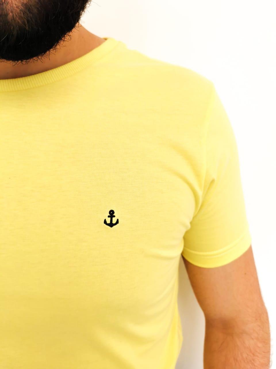 Camiseta King & Joe Básica Amarela