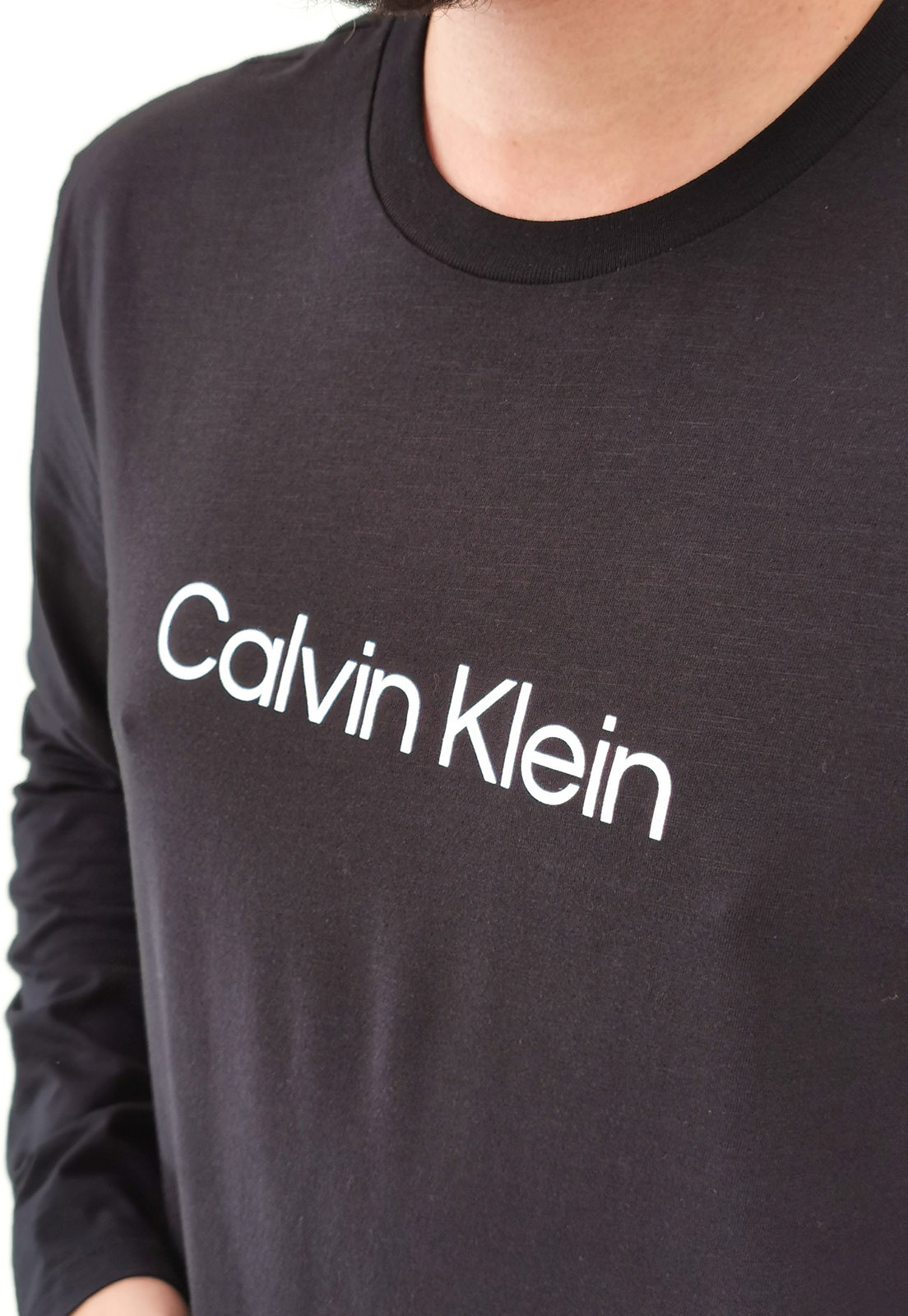 Camiseta Manga Longa Calvin Klein Preta Logo