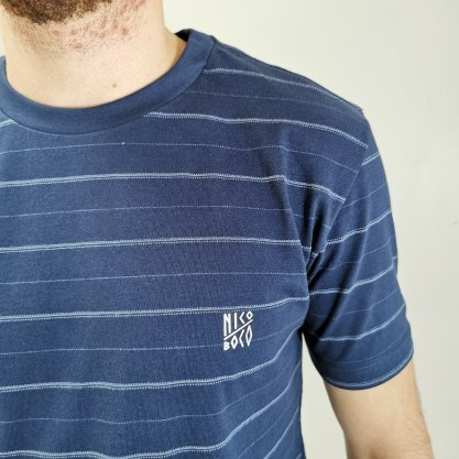 Camiseta Nicoboco Azul com Detalhes Listrados
