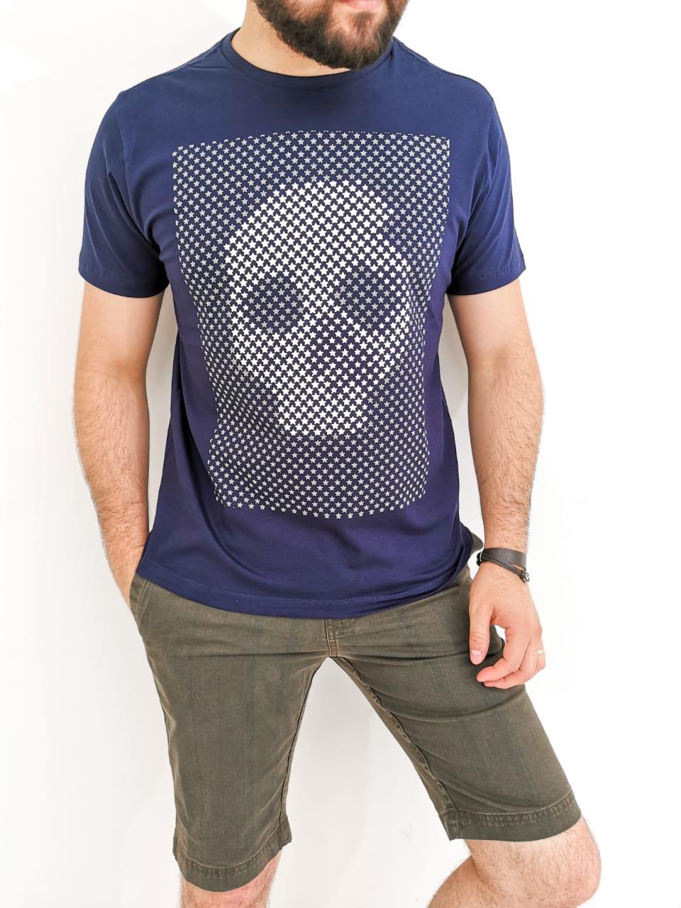 Camiseta Sakapraia Azul Marinho Caveira