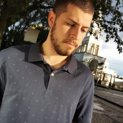 Polo Calvin Klein Azul Marinho Com detalhes Em CK