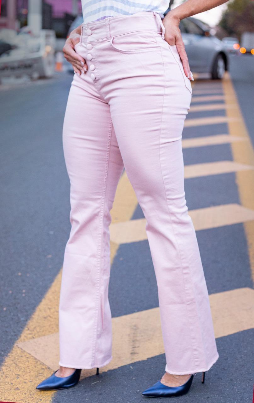 Calça Modeladora Flare Rosa Botões Forrados Ouro