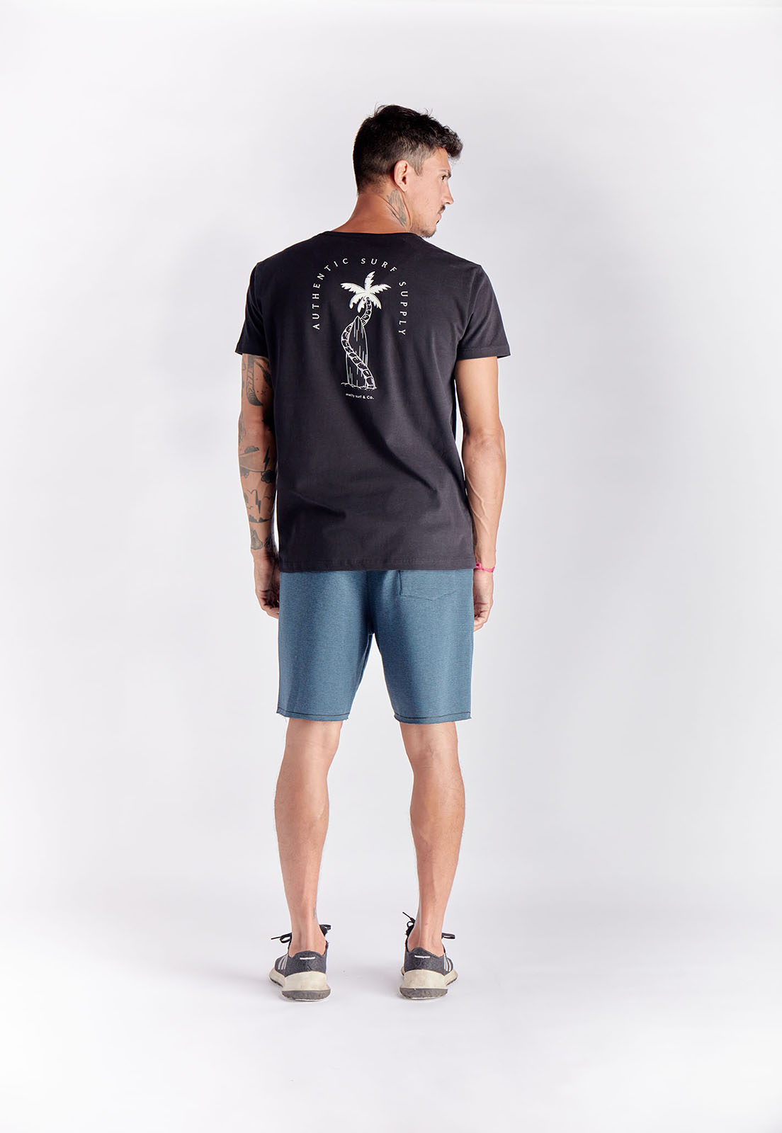 T-shirt Surf Supply Preto Melty