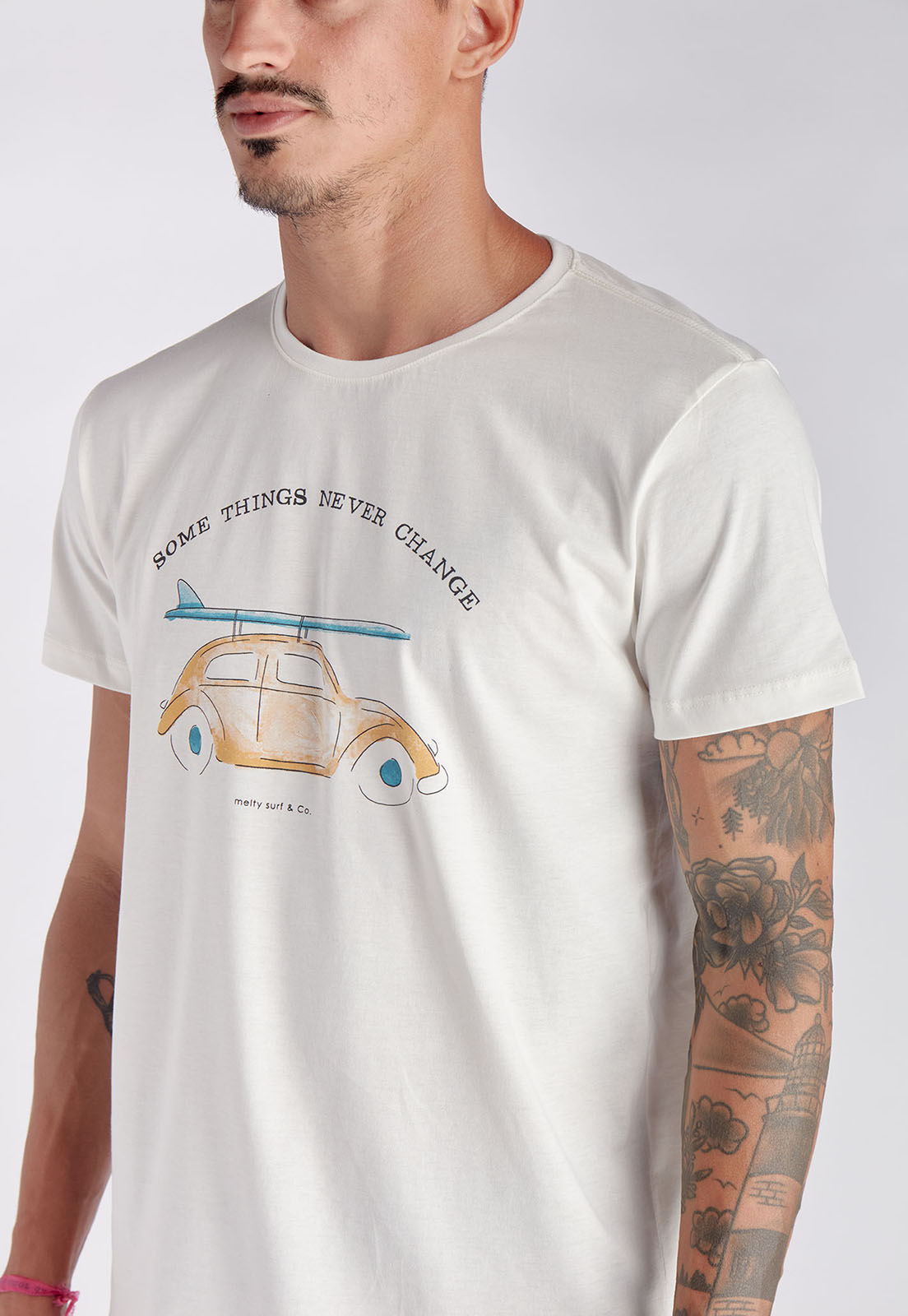 T-shirt Beetle Branco Melty  - melty surf & Co.